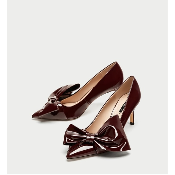 Zara burgundy faux leather court heel with bow